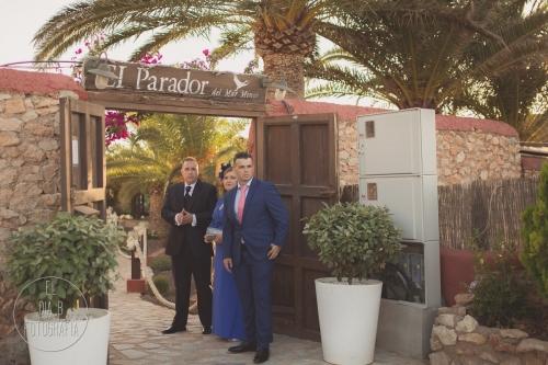 boda-en-la-playa-al-atardecer-fotografo-de-bodas-en-murcia-y-cartagena-15