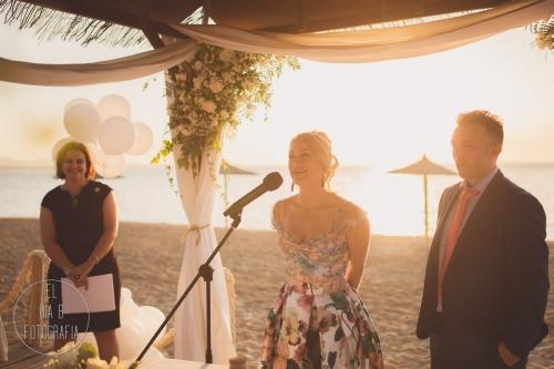 boda-en-la-playa-al-atardecer-fotografo-de-bodas-en-murcia-y-cartagena-21