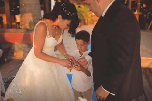 boda-en-la-playa-al-atardecer-fotografo-de-bodas-en-murcia-y-cartagena-26