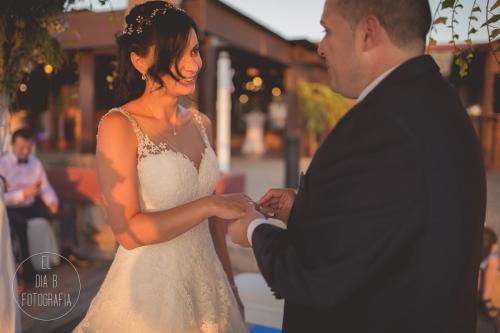 boda-en-la-playa-al-atardecer-fotografo-de-bodas-en-murcia-y-cartagena-27
