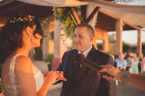 boda-en-la-playa-al-atardecer-fotografo-de-bodas-en-murcia-y-cartagena-28