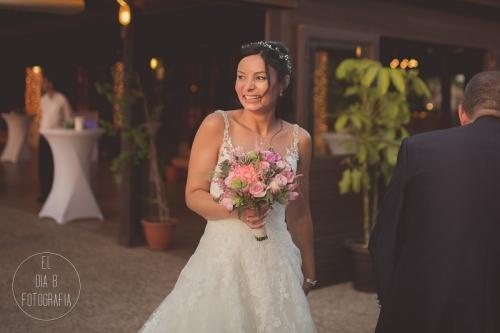 boda-en-la-playa-al-atardecer-fotografo-de-bodas-en-murcia-y-cartagena-32