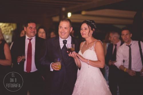 boda-en-la-playa-al-atardecer-fotografo-de-bodas-en-murcia-y-cartagena-37