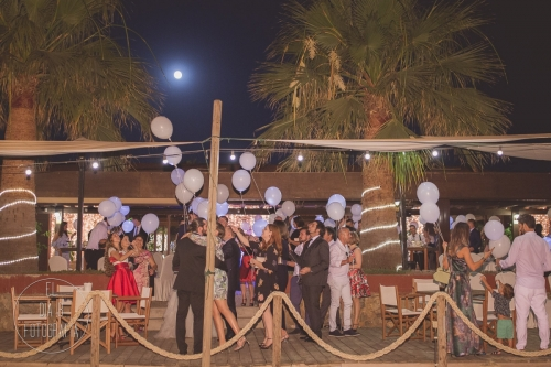 boda-en-la-playa-al-atardecer-fotografo-de-bodas-en-murcia-y-cartagena-39