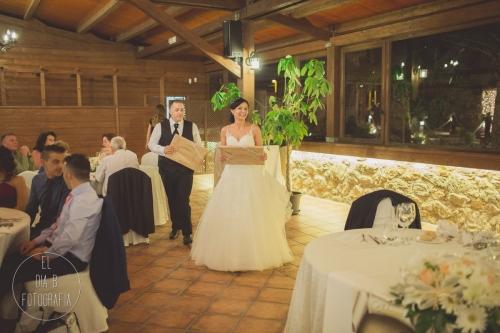boda-en-la-playa-al-atardecer-fotografo-de-bodas-en-murcia-y-cartagena-43