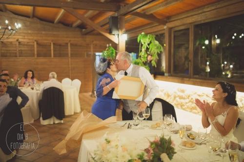boda-en-la-playa-al-atardecer-fotografo-de-bodas-en-murcia-y-cartagena-47