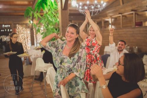 boda-en-la-playa-al-atardecer-fotografo-de-bodas-en-murcia-y-cartagena-56