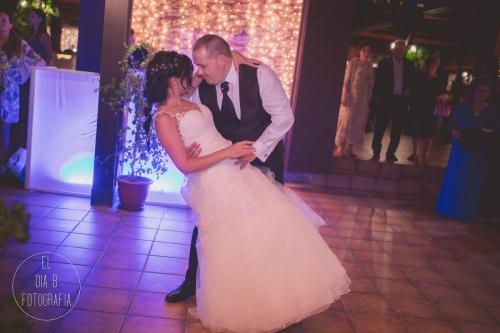 boda-en-la-playa-al-atardecer-fotografo-de-bodas-en-murcia-y-cartagena-59