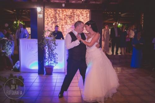boda-en-la-playa-al-atardecer-fotografo-de-bodas-en-murcia-y-cartagena-60