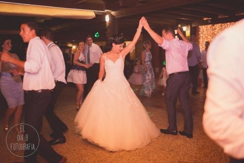 boda-en-la-playa-al-atardecer-fotografo-de-bodas-en-murcia-y-cartagena-70